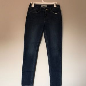 Levis super skinny jeans 28 x 30